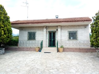 Nice Villa with Deck and A/C - Torre Squillace vacation rentals