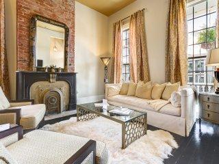 Jetsetter luxury, Magazine Street, porch, parking, 2/2 - New Orleans vacation rentals