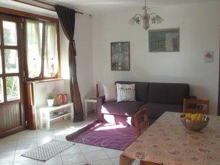 Comfortable 2 bedroom Condo in Luino - Luino vacation rentals
