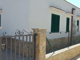 Vieste, in Villino n°6 di Giovanna DISANTI 4 posti letto - Scialara vacation rentals