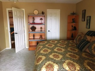 Sam's Mansion -Cleopatra's Room $79 - Bentonville vacation rentals