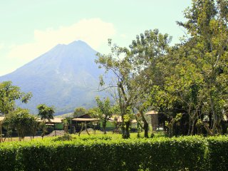 Abuela Flory Home & Access to Arenal Manoa Hotel - La Fortuna de San Carlos vacation rentals