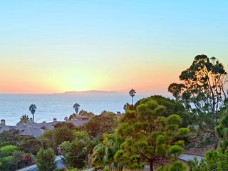 Malibu Zen House - Walk to the Beach - Panoramic Ocean Views - Malibu vacation rentals