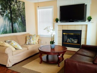 Relaxing and comfortable single family house in the heart of Overland Park! - Overland Park vacation rentals