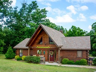 Trail's End Cabin - Ridgedale vacation rentals