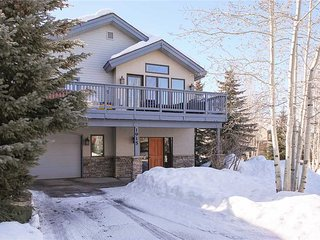 Lovely House with Deck and Internet Access - Yampa vacation rentals