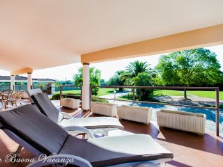 Villa Del Sol  8 bedrooms - Alghero vacation rentals