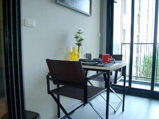 "The Base Pattaya A88/61 - ""Springtime"" in Central Pattaya - Pattaya vacation rentals"