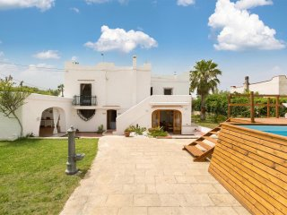 695 Villa with Direct Access to the Sea and Pool - Mola di Bari vacation rentals