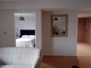 Bright 22 bedroom Condo in Troyes - Troyes vacation rentals