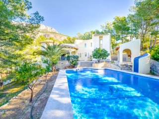 Villa Angela -  Private pool and close to the golf club. - Altea vacation rentals