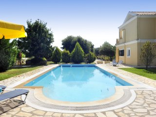 Large beautiful garden, pool,family-friendly villa - Agios Ioannis vacation rentals