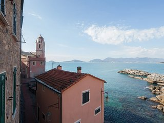 Nice 2 bedroom Apartment in Tellaro - Tellaro vacation rentals