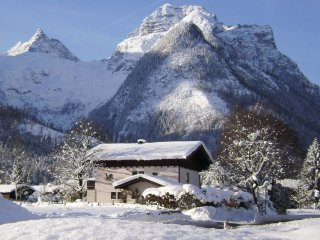 Austrian Chalet In Winter Ski And Summer White Water Town - Lofer vacation rentals