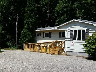 Onekama Vacation Home Near Portage Lake - Onekama vacation rentals