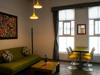 Spectacular 1-BR Suite! Near Condesa & WTC, Ideal 4 Couples - Mexico City vacation rentals