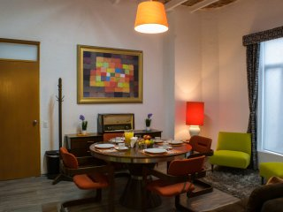 Fabulous 1-BR Suite Near Condesa & WTC, Ideal 4 Couples - Mexico City vacation rentals