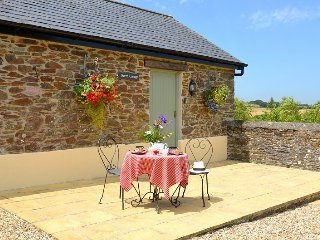 Beech Cottage - Self Catering Holiday Cottage Cornwall - Caerhays vacation rentals