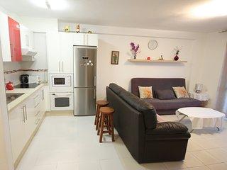 2-bed apartment on the 1st beachline of Las Vistas - Playa de las Americas vacation rentals