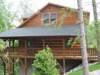 Cozy Cabin with Internet Access and A/C - Vilas vacation rentals