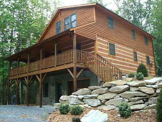 Gorgeous Cabin with Internet Access and A/C - Vilas vacation rentals