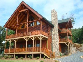 Convenient Sugar Grove House rental with A/C - Sugar Grove vacation rentals