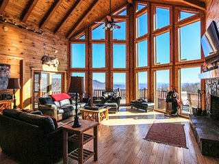 Comfortable Cabin with Internet Access and A/C - Deep Gap vacation rentals