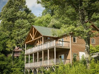 Lovely Blowing Rock Cabin rental with Internet Access - Blowing Rock vacation rentals