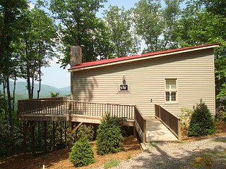 2 bedroom Cabin with Internet Access in Lenoir - Lenoir vacation rentals