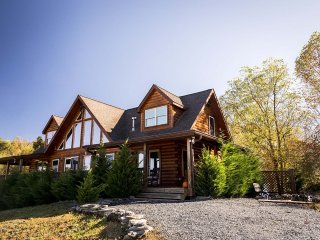 Skys the Limit - Boone vacation rentals