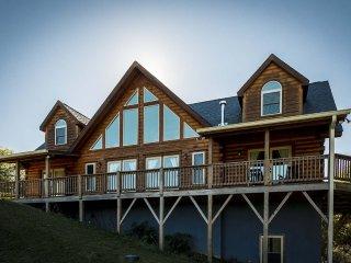 Skyview Lodge - Vilas vacation rentals