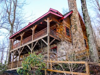 Lovely House with Internet Access and A/C - Banner Elk vacation rentals