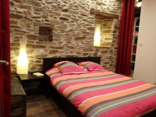 Comfortable 2 bedroom House in Estaing - Estaing vacation rentals