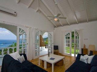Perfect 2 bedroom Villa in Belmont - Belmont vacation rentals