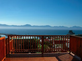 Comfortable 1 bedroom Vacation Rental in Mossel Bay - Mossel Bay vacation rentals