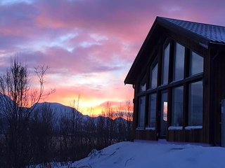 Perfect Lodge with Internet Access and Television - Lyngseidet vacation rentals