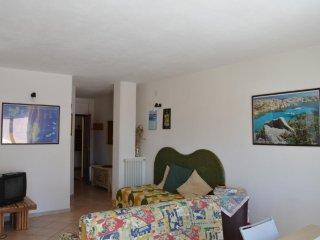 VISTA MARE e POSIZIONE STRATEGICA - La Maddalena vacation rentals