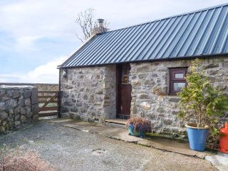 THE BOTHY woodburning stove, far-reaching views, near Huntly Ref 948998 - Huntly vacation rentals