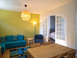 Beautiful 1 bedroom Apartment in Dinan with Internet Access - Dinan vacation rentals