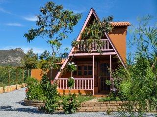 Hospedagem de charme  a 100 metros da vila do Capão - Caete Acu vacation rentals