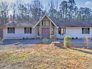NEW! 3BR Fairburn House w/ Space, Views, and Deck! - Fairburn vacation rentals