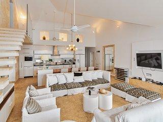 Fantastic Oceanfront penthouse at Hispaniola Beach - Sosua vacation rentals