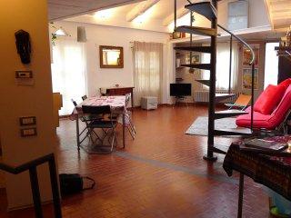 L'alcova sotto la Mole - particolare e centralissimo - The alcove under the Mole - Turin vacation rentals