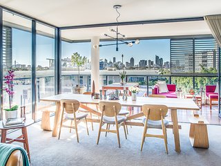 2 bedroom Apartment with Deck in Annandale - Annandale vacation rentals
