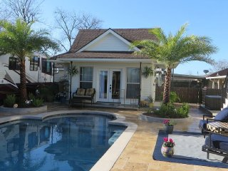 Poolside in Paradise - New Orleans vacation rentals