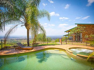 Perfect House with Private Outdoor Pool and A/C - Mount View vacation rentals