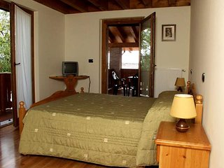 Nice Farmhouse Barn with Internet Access and Central Heating - Faedis vacation rentals