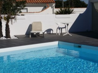 2 bedroom House with Internet Access in La Couarde - La Couarde vacation rentals