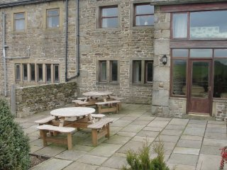 High Gate and Threshings adjoining properties - Burnley vacation rentals