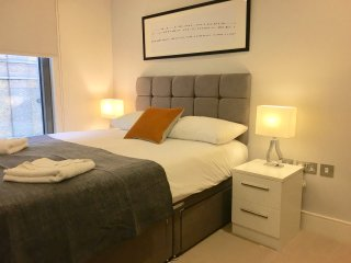 City Stay Aparts - Modern Apartment near Hyde Park, Bayswater - London vacation rentals